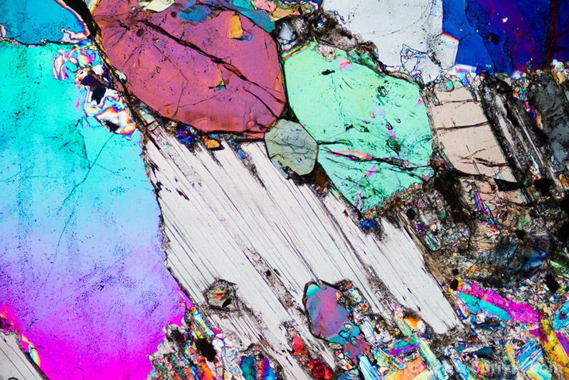 thin section with lepidolite, elbaite and quartz